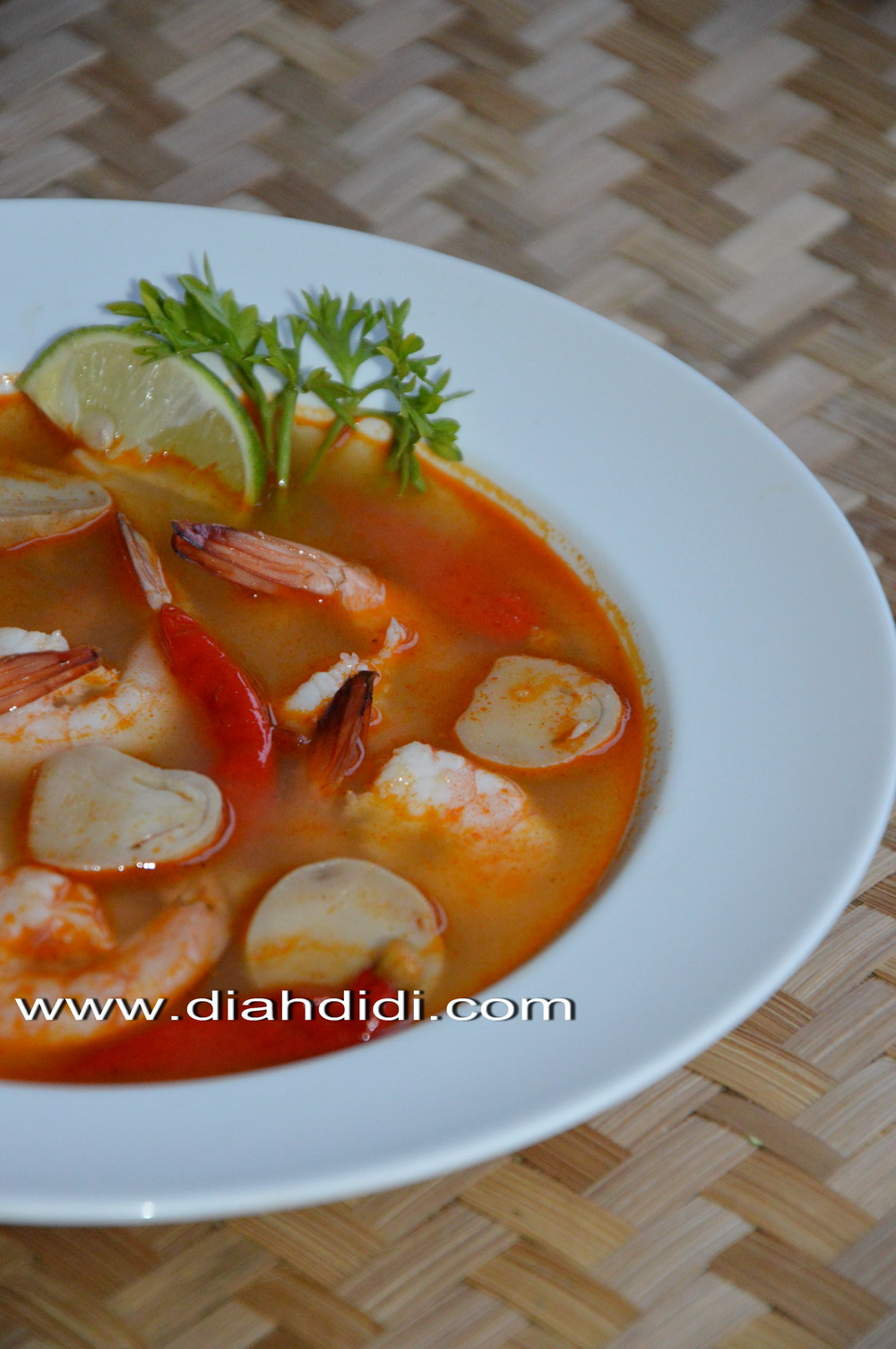 Resep Bumbu Tomyam : resep, bumbu, tomyam, Didi's, Kitchen:, Nyobain, Bumbu, Thailand..^^