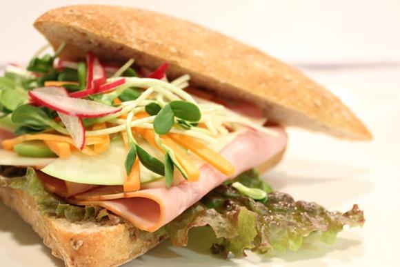 Sandwich Au Jambon Croustillant Miel Et Moutarde