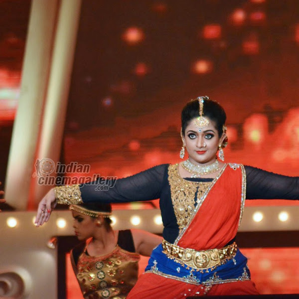 Kavya Madhavan latest photos from Vanitha Film Award
