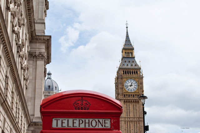 red phone booth big ben london