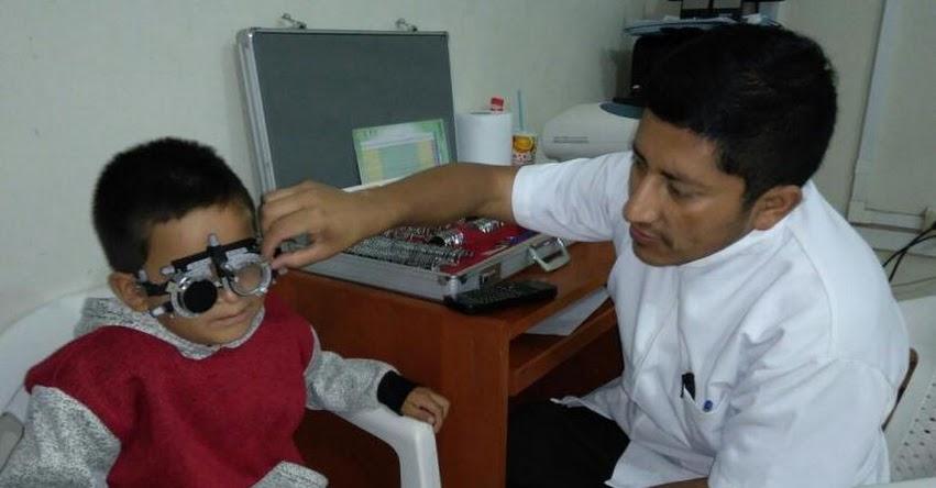 DRE San Martín: Estudiantes con problemas de agudeza visual reciben lentes correctores - www.dresanmartin.gob.pe