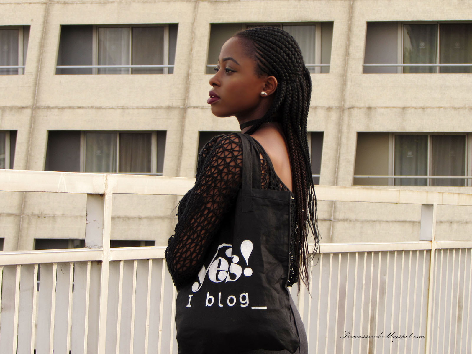 Knitwear top, black DIY choker, tote bag