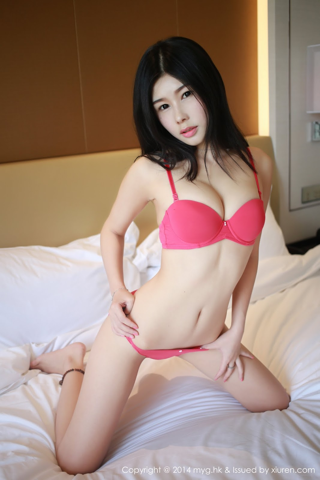 0002 - Beautiful Naked Girl Model MYGIRL VOL.35