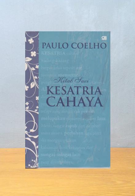 Kitab Suci Kesatria Cahaya, Paulo Coelho