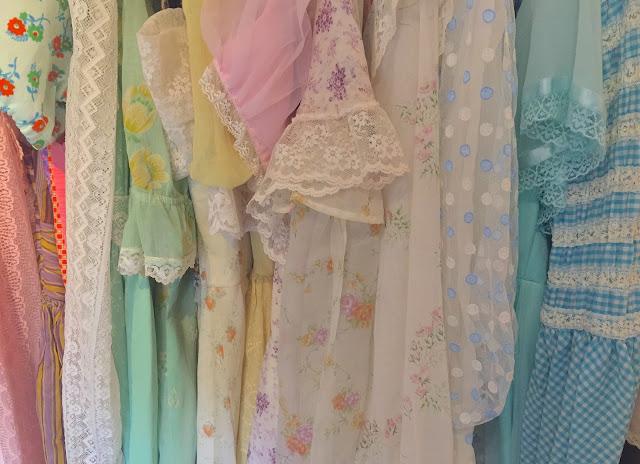 alice saga's vintage dresses