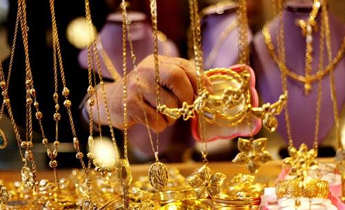 عاجل إرتفاع سعر جرام الذهب اليوم الاربعاء 27/7/2016 في محلات الصاغة بالمصنعية وتراجع حركة البيع