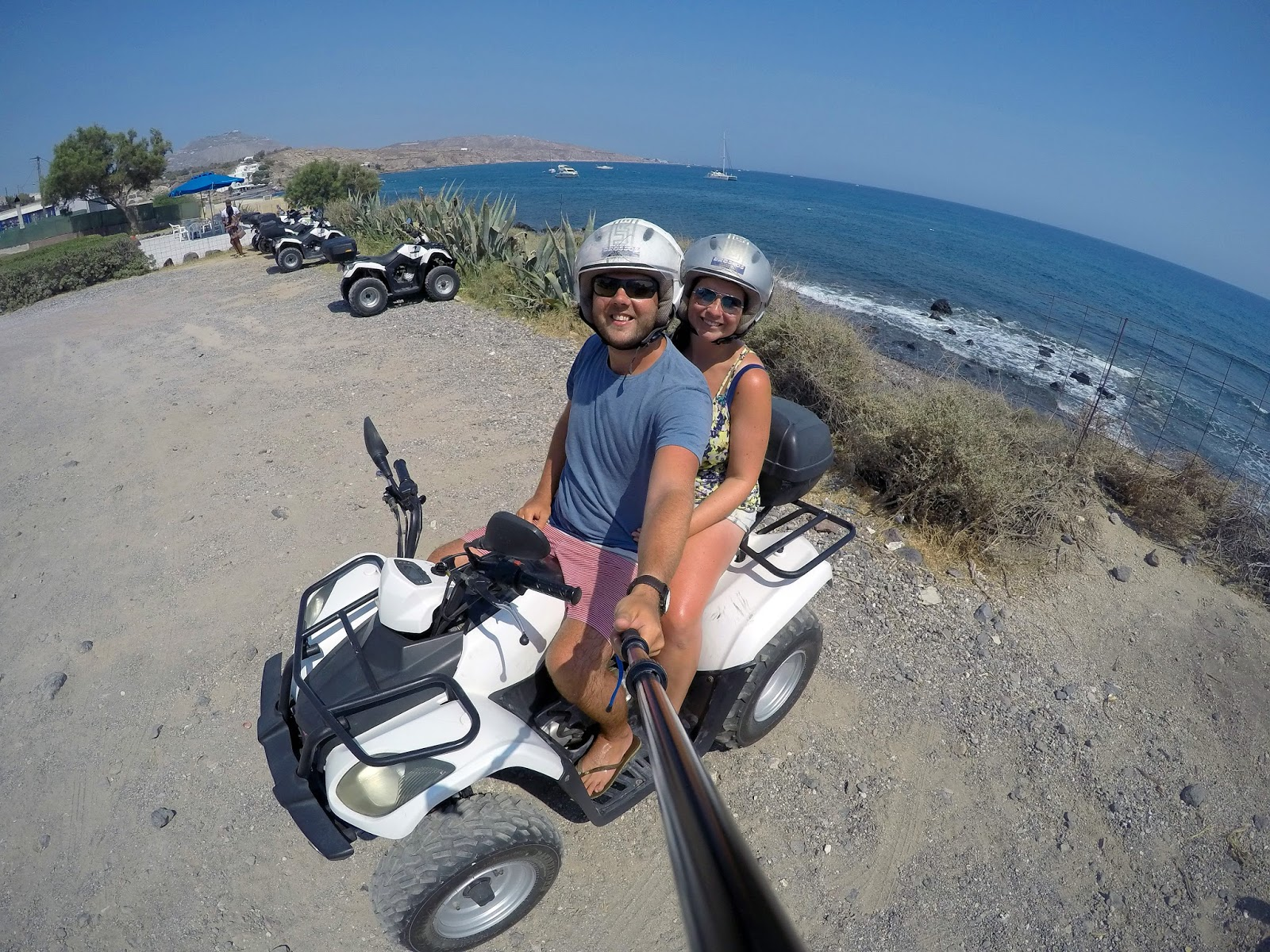 Couple Quadbiking Santorini