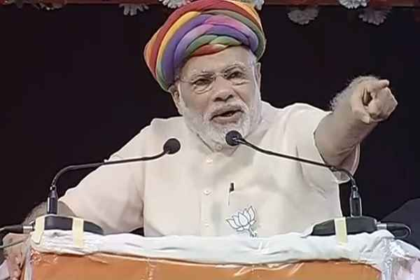 gujarat-giving-employment-to-other-state-youth-also-says-pm-modi