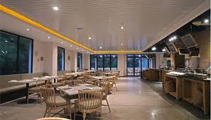 Royal Padjadjaran Hotel, Hotel Mewah di Lokasi yang Bagus