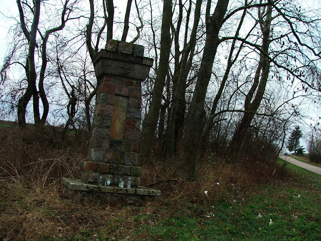 I znów cmentarze!