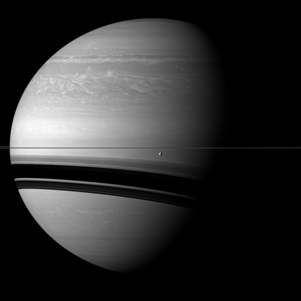 planet saturn moons - 1020×1020