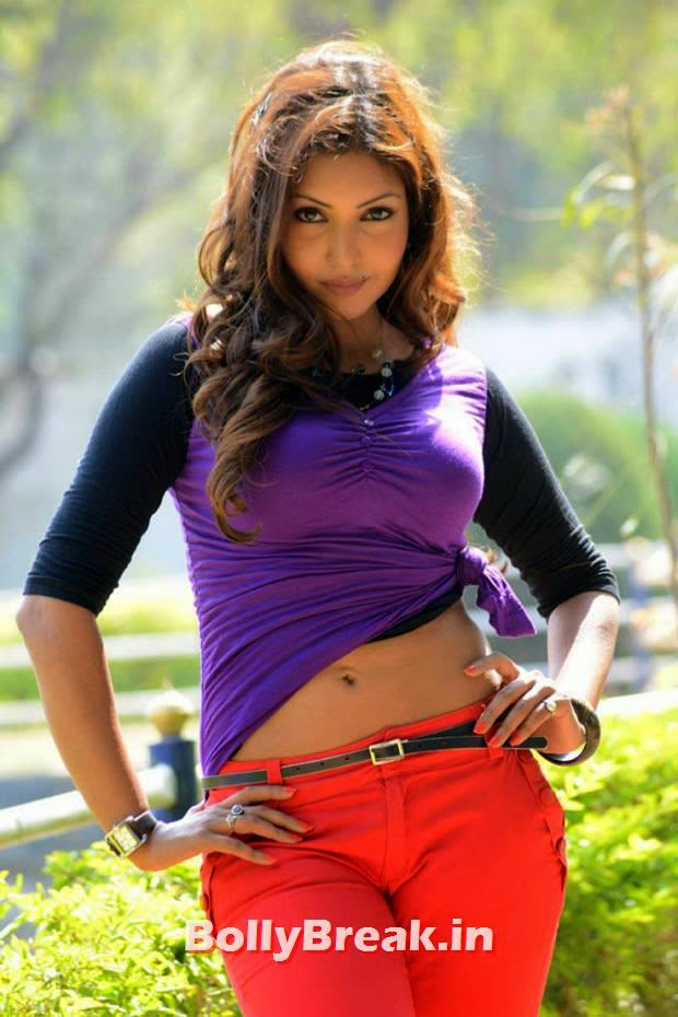 , Komal Jha Hot Pics in HD