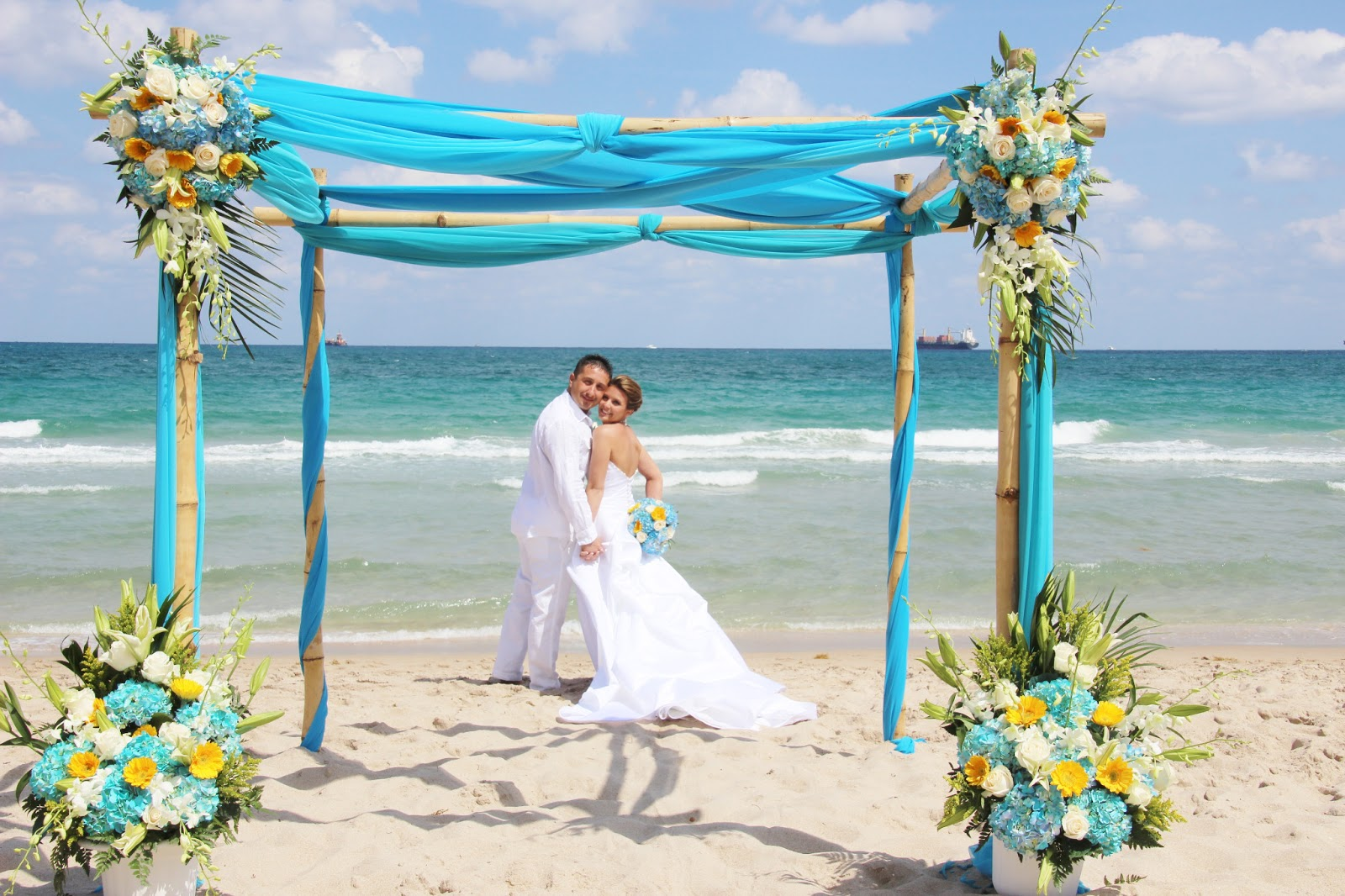 Affordable Beach Weddings 3057934387 Monique  Chris  Ft Lauderdale Beach Wedding