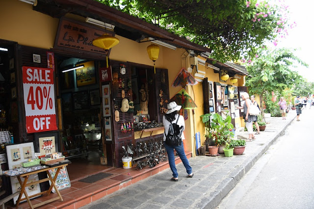 Cycling tour around Hoi An old town 2