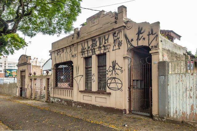 fachada de casa na Avenida Getúlio Vargas