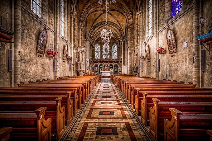 Natale Bussi, il mistero cristiano #passeggiandoneilibri