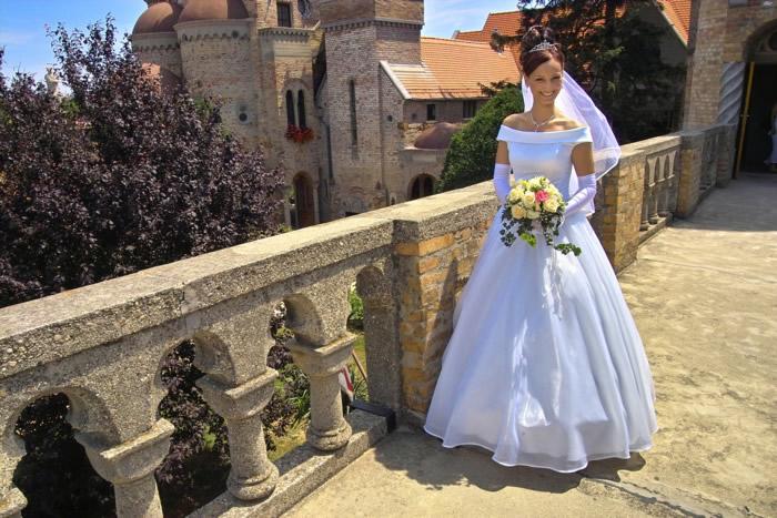 Noiva: casamento no namoro à distância