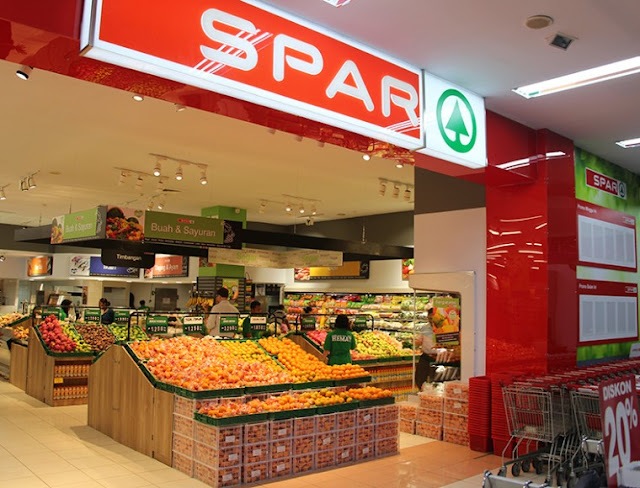 spar marketing mix A well defined and feasible marketing strategy makes meeting customer needs a likely and attainable goal and while most companies do great marketing, only a few have created brand attachment and customer loyalty through their marketing practices and tactics strategic marketing is a process of.