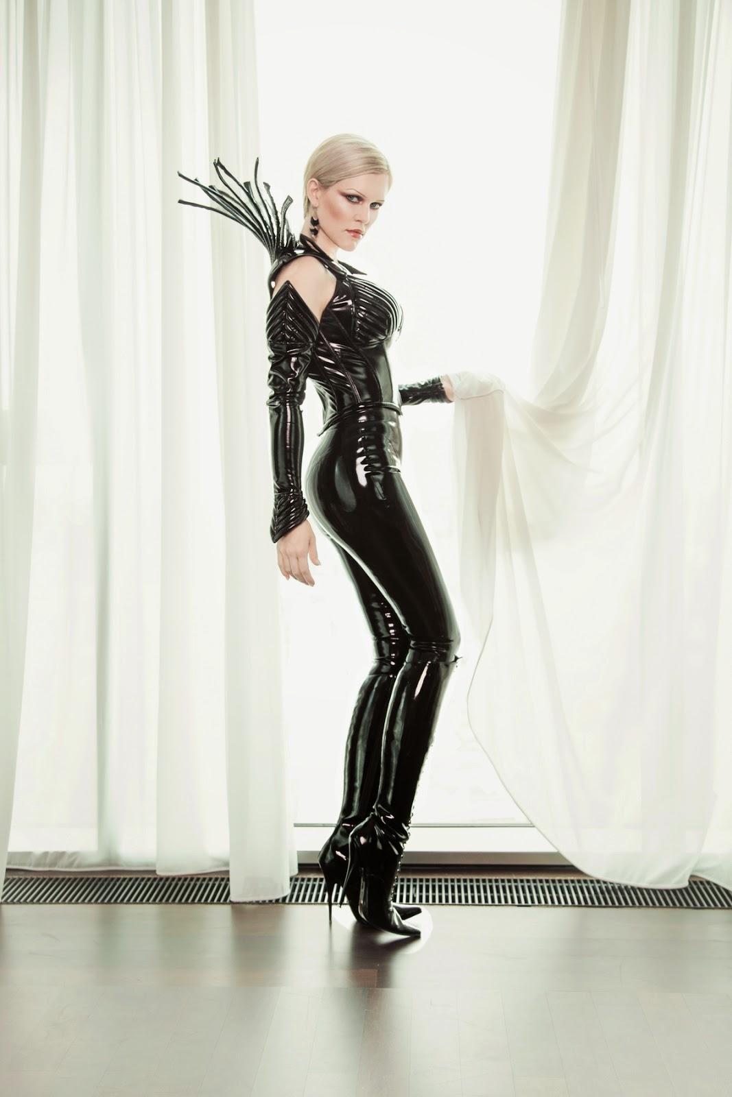 sklaven zentrale femme fatale escort