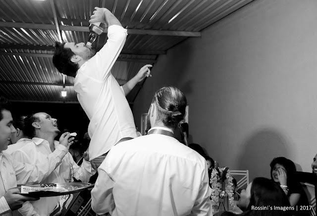 casamento janaina e andré, casamento andré e janaina, casamento janaina e andré chácara montreal - ferraz de vasconcelos - sp, casamento andré e janaina chácara montreal - ferraz de vasconcelos - sp, casamento janaina e andré em ferraz - sp, casamento andré e janaina em ferraz - sp, festa de casamento de janaina e andré na chácara montreal sp, festa de casamento de andré e janaina na chácara montreal sp, fotografo de casamento em ferraz de vasconcelos - sp, fotografo de casamento em chácara - ferraz - sp, fotografo de casamento em chácara montreal, fotografo de casamento em montreal, fotografo de casamento em dia de noiva, fotografo de casamento em são paulo, fotografia de casamento em suzano - sp, fotografia de casamento em chácara montreal - sp, fotografia de casamento em chacara, fotografias de casamento na chácara montreal, fotografia de casamento em suzano - sp, fotografia de casamento na chácara - sp, fotografo de casamentos ferraz de vasconcelos, fotografo de casamentos em suzano - sp, fotografia de casamento em são paulo, fotografias de casamentos na zona leste, fotografo de casamentos, fotografo de casamento, sonho de casamento, fotografos de casamentos em chácara montreal em ferraz - rossini's imagens, dia de noiva, hair stilyst sato design, make up sato design, noiva de branco, vestido da noiva branco, vestido de noiva próprio, vestido de noiva, espetinhos mogi, assessoria pamela salzgeber, local chácara montreal, fotografia rossinis imagens, filmagem rossinis imagens, som e iluminação, royal som, iluminação cenica royal som, video rossinis imagens, casamentos, casamento 2017, casamentos em ferraz, espaço para casamento em ferraz - chácara montreal, fotos criativas de casamento, casamento realizado em 21-04-2017, http://www.rossinisimagens.com.br, bolo e doces finos santa gula, traje do noivo la lunna noivas, sato designer da beleza filmagem de casamento em ferraz - sp, vídeo de casamento em chácara montreal, vídeo de casamento no montreal, filmagem de ca
