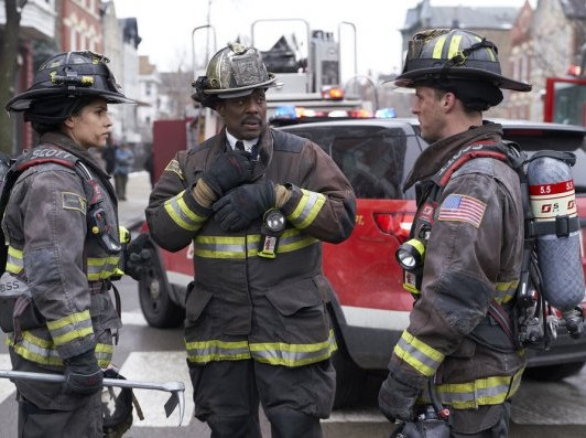 "NUP 186096 0162 595 Spoiler%2BTV%2BTransparent - Chicago Fire (S07E17) ""Move A Wall"" Episode Preview"