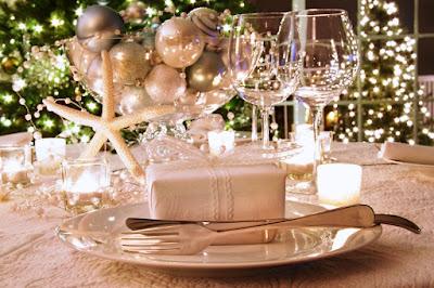 Ide Dekorasi Meja Makan Saat Natal