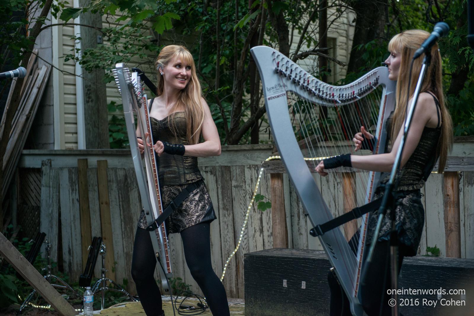 Twins nude harp