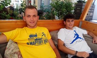 Δίδυμα αδέρφια από το Αγρίνιο που αρίστευσαν και πέρασαν μαζί στην ίδια σχολή, στην ίδια πόλη
