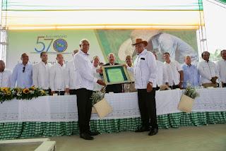 Miles de parceleros reconocen a Danilo Medina en 57 aniversario Reforma Agraria y Día Nacional Titulación