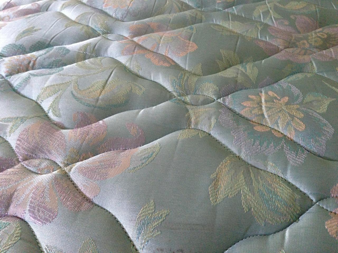 matratzen test federkern oder kaltschaummatratze vorteile und nachteile. Black Bedroom Furniture Sets. Home Design Ideas