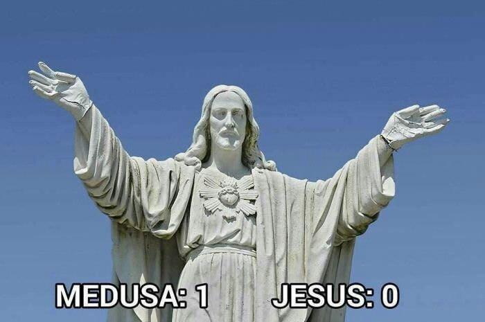 Funny Medusa vs Jesus Meme Picture