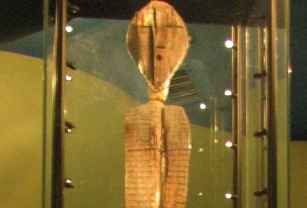 Таємничий ідол з Сибіру виявився старшими за єгипетські піраміди