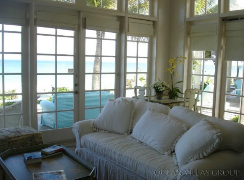 white slipcovered sofas, shabby chic, beachy,