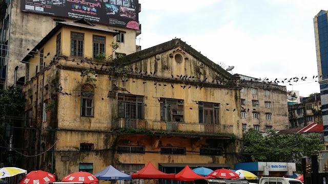 Edificios en el centro de Yangón