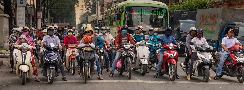 Spaziergang durch die wilden Straßen Saigons