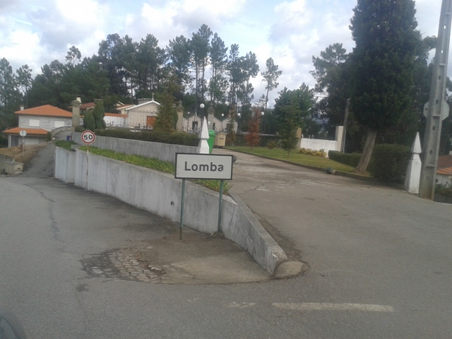 Placa da Localidade da Lomba
