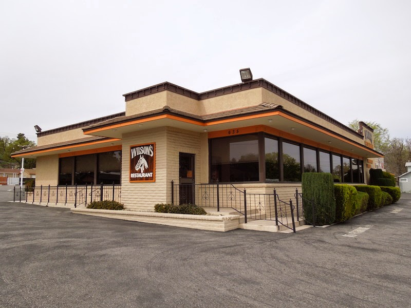 Wilson's Restaurant in Paso Robles, in 2013, not long after it had closed. © B. Radisavljevic