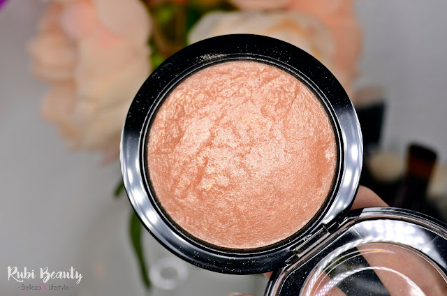 mac cosmetics iluminador highlight highlighter soft and gentle