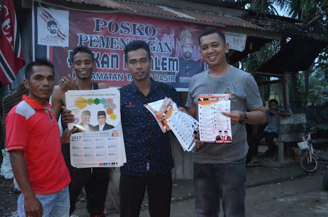 Koordinator Relawan Regional Aceh Ahmad Dani ketika jumpa dengan masyarakat di Kecamatan Tanah Pasir