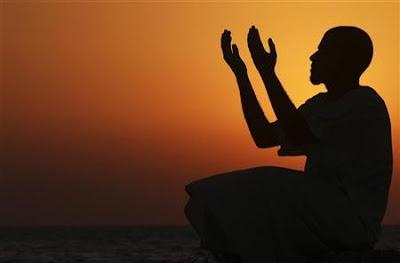 Kabar Gembira Allah untuk Pelaku Maksiat