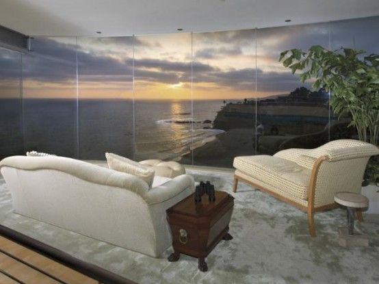 Extreme Beach House Design With Glass Wall