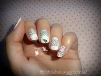http://kakelnails.blogspot.com.es/2015/10/sticker-nails.html