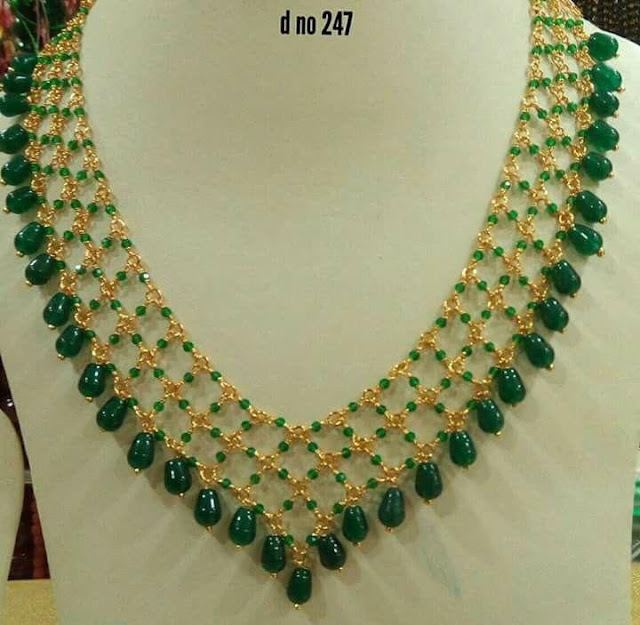 Emerald Drops Necklaces in Light Weight