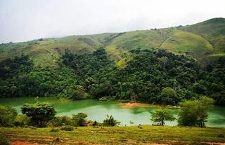 Danau Tao adalah danau salah satu dari tempat wisata yang paling banyak dikunjungi di Padang lawas.  Keindahan Danau Tao ini membuat tempat wisata ini wajib anda kunjungi bila anda sedang mampir ke Padang Lawas.
