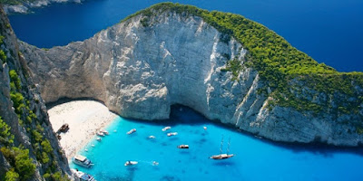 Book international holiday packages of Greece and Istanbul from india at riya.travel