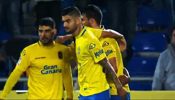 Ilusionante victoria de la UD Las Palmas ante el Valencia (2-1)