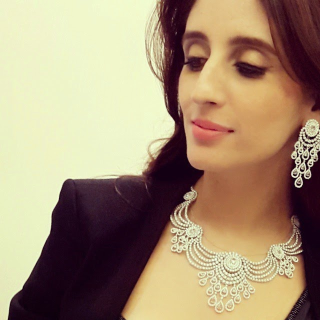 @farahkhanfinejewellery fk fj , Farah Khan Ali Hot Images At Bridal Jewellery Exhibition in Bilaspur