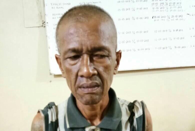 Kakek penjual sabu