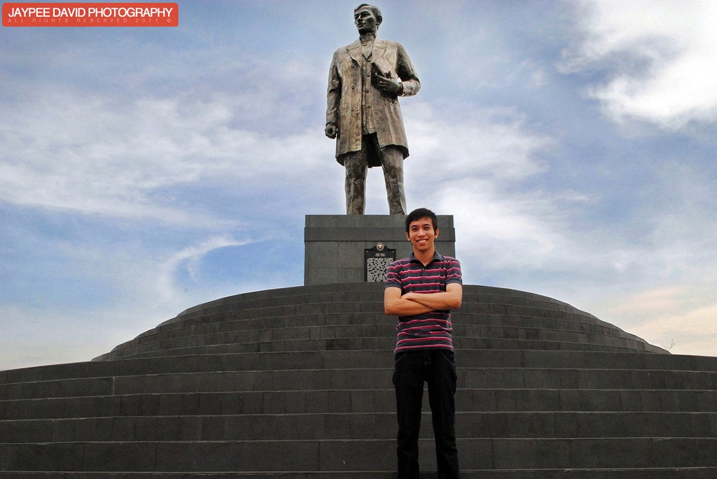 Jose rizal s tallest monument