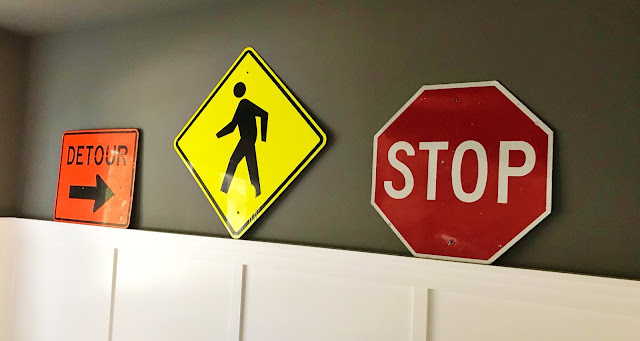 Driving signs at a 16th Driving Party @michellepaigeblogs.com